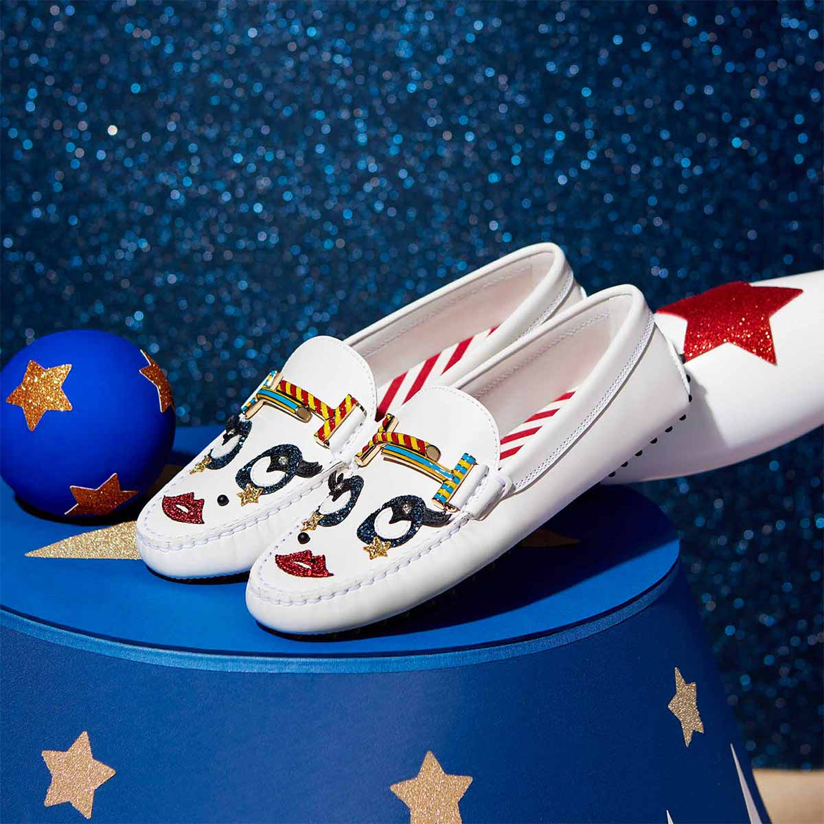 Tod's Circus by Isoì
